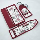 Úžitkový textil - Pre knihomoľov - peračník - romantický bordo - 10986093_