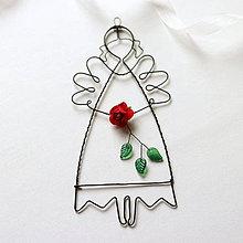 Dekorácie - anjelik s ružou 18cm - 10988371_