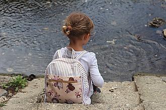 Detské tašky - Detský ruksak - pruhy a macko - 10988336_
