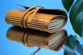 Papiernictvo - Kožený zápisník YELLOW A6 - 10990931_