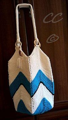 Iné tašky - Pletená priestranná taška na rameno. - 10990433_