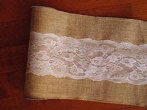 Úžitkový textil - Šerpa z juty šírka 28cm s čipkou v strede dĺžka 2,75m - 10991170_