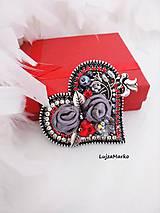 Odznaky/Brošne - Elegantné srdce brošňa - 10990293_