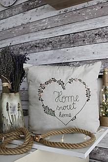 Úžitkový textil - Obliečka ručne vyšívaná - 10994730_