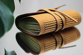 Papiernictvo - Kožený zápisník NUBUK A6 - 10994709_