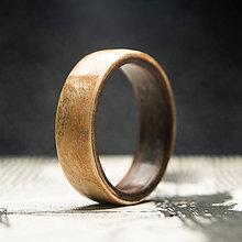 Prstene - Drevená obrúčka- Oliva / čierny orech - 10993691_