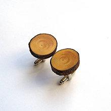Šperky - Drevené manžetové gombíky - z borovicovej halúzky - 10994675_