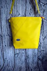 Kabelky - žltá koženková crossbody - 10996687_