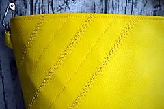 Kabelky - žltá koženková crossbody - 10996688_