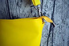 Kabelky - žltá koženková crossbody - 10996690_