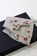 "Doplnky - Ručne maľovaný exkluzívny set - motýlik, vreckovka a manžetové gombíky ""Lúčne kvety"" - 10997813_"