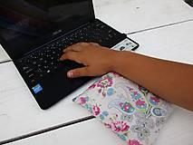 Úžitkový textil - ružová špaldovo-pohánková podložka k počítaču - 10996857_