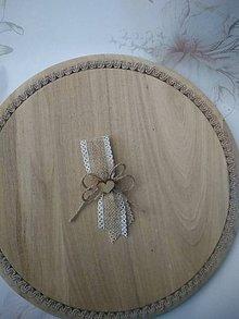 Pierka - vintage pierko z jutoviny s dreveným srdiečkom pre rodičov, svedkov - 11000242_