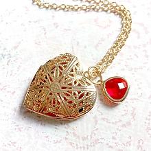 Náhrdelníky - Heart Red Zircone Locket Necklace / Otvárací medailón s červeným zirkónikom v tvare srdca - 11001588_