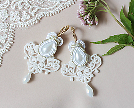 Náušnice - Svadobné náušnice s čipkou a perličkou - 11003201_
