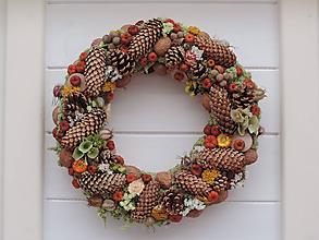 Dekorácie - Jesenný prírodný veniec - 11002782_