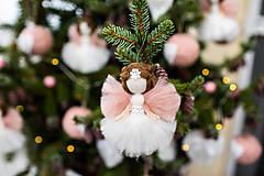 Dekorácie - Mini anjelik z ovčej vlny - 11002116_