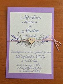 Papiernictvo - Svadobné oznámenie levanduľa so srdiečkom - darček - etikety zdarma - 11002092_