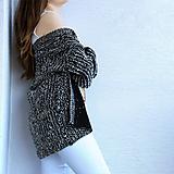 Svetre/Pulóvre - Objemný ženský sveter - 11002076_