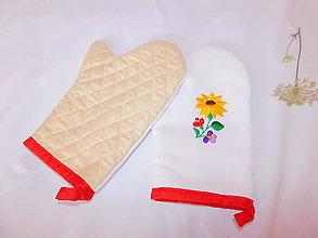 Úžitkový textil - Kuchynská chňapka (rukavice) s ručnou výšivkou - 11001411_