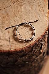 Náramky - Náramok z kauri mušlí - 11002829_