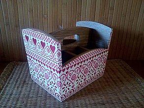 Pomôcky - srdiečkový stojan - 11003538_
