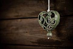 Dekorácie - Vyřezávané srdce olivové - 11005400_