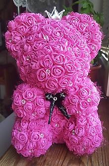 Socha - Macko z ruží (Šedá) - 11003501_