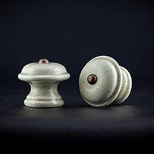 Nábytok - Úchytka - knopka šedá střední - vzor HLADKÝ - 11006820_