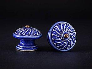 Nábytok - Úchytka - knopka královská modř velká - vzor VĚTRNÍK - 11007285_