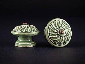 Nábytok - Úchytka - knopka olivová velká - vzor VĚTRNÍK - 11007354_