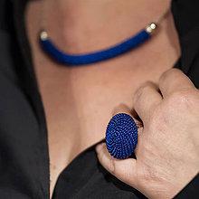 Prstene - BUTTON kráľovská modrá - výrazný prsteň - 11007524_