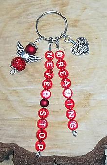 Iné šperky - Vaše oblubene privesky alebo klucenky na kluče alebo tašku c  anjeliky z koralok a prívesok srdce mena dátumy a názvy s - 11011244_