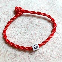 Náramky - Lucky Red Zodiac Sign Bracelet / Náramok proti urieknutiu so symbolom znamenia (Rak) - 11010135_