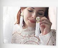 Náušnice - Svadobné náušnice s vyšívanými lístkami - 11010826_
