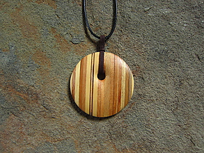 Náhrdelníky - Drevený náhrdelník - 11010610_