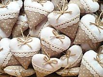 Darčeky pre svadobčanov - Svadobné srdiečka ,hnedá s krémovou - 11010052_