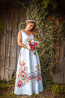 Šaty - Spoločenské šaty (Vajnorský ľudový ornament zo Slovenska) - 11009791_