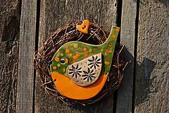 Dekorácie - Vtáčik vo venčeku č. 101 - 11010796_