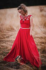 Šaty - Červené šaty s výšivkou - 11012385_