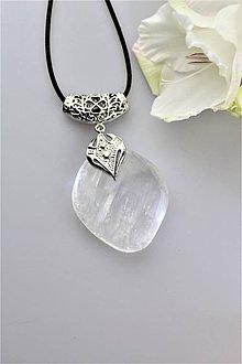 Náhrdelníky - prívesok kalcit číry - šperk ľadovej kráľovnej - 11013731_