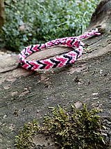 Pletený náramok 32