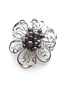 """Odznaky/Brošne - Brošňa B37P """"Půlnoční květina"""" tzv.""""černé perly"""" - 11013884_"""