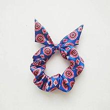 Ozdoby do vlasov - Recy-scrunchie modro-červená ornamentová - 11012060_