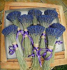 Dekorácie - Levanduľová kytička, 8 cm - 11013748_