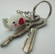 Kľúčenky - Klúčenka Sloník so srdiečkom - 11012815_