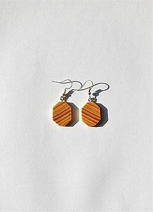 Náušnice - Drevené náušnice - Smrekové oktagóny - 11016189_