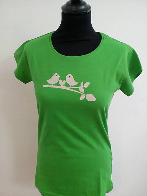 Zelené tričko- holubičky (L)