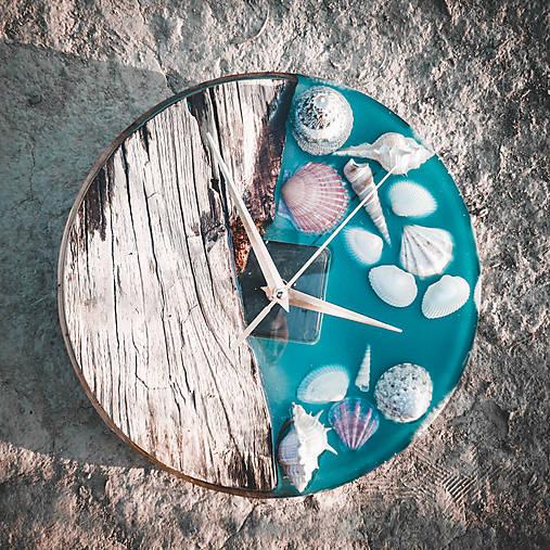 Marine _ Živicové drevené hodiny