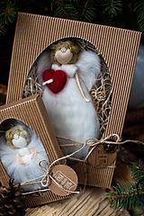 Dekorácie - Vianočný anjelik v darčekovom balení - veľký - 11017126_